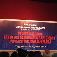 Photo taken at Pusat Kebudayaan Koesnadi Hardjasoemantri (Purna Budaya) UGM by Daniel S. on 8/24/2017
