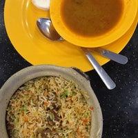 Photo taken at Kapitan Restaurant Falim by Lyn Y. on 8/29/2016