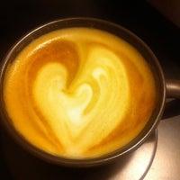 Foto tomada en Coffeeshop por Margarita S. el 1/19/2014