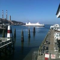 Das Foto wurde bei Wave Seafood Kitchen von Kelly M. am 12/23/2012 aufgenommen