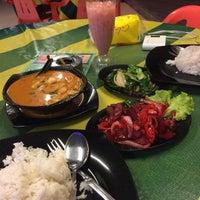 Photo taken at Restoran Sedap-Sedap Selera Manja by CikLily P. on 8/2/2015