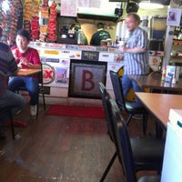 Photo taken at Bubba's Texas Burger Shack by Montoyis K. on 9/22/2012