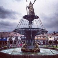 Foto tomada en Plaza de Armas de Cusco por Edney S. el 1/5/2013