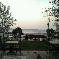 11/28/2012 tarihinde Tuba D.ziyaretçi tarafından Tarihi Moda İskelesi'de çekilen fotoğraf