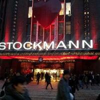 12/9/2012 tarihinde Teemu S.ziyaretçi tarafından Stockmann'de çekilen fotoğraf