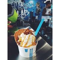 Photo taken at Little Tokyo Ice Cream & Frozen Yogurt by Miguel C. on 3/12/2015