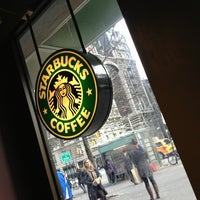 Photo taken at Starbucks by Vinicius L. on 1/17/2013