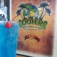 Photo taken at Cooters Restaurant & Bar by Jeighsen ®. on 5/31/2013