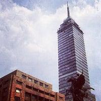 Foto tomada en Torre Latinoamericana por Mauricio L. el 6/9/2013