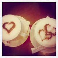 Foto tomada en Solemare Coffee por Gmo' C. el 4/16/2013
