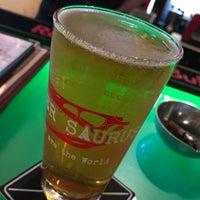 Foto tomada en Beer Saurus por Tak el 6/8/2017