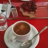 Photo taken at Cafetería Doble Encanto by Eduardo F. on 11/9/2015