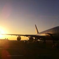 Foto diambil di Международный аэропорт Симферополь oleh Jaroslav M. pada 9/27/2012