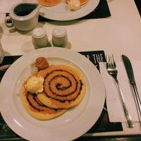 Foto tomada en Pancake House por Ashley A. el 12/24/2014
