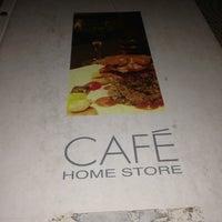 Das Foto wurde bei Home Store Cafe von Sonmez .. am 7/24/2013 aufgenommen