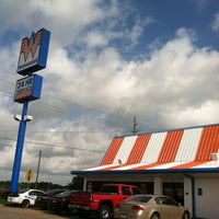 Photo taken at Whataburger by BCMAC7 T. on 5/28/2013