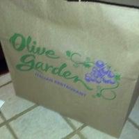 Photo taken at Olive Garden by Eddie S. on 9/15/2012