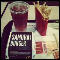 Photo taken at McDonald's by Izzat Ibrahim A. on 9/20/2012