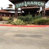 Foto tomada en The Ranch at Las Colinas por Andrew S. el 10/22/2012