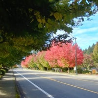 Photo taken at Inglewood Hill by MisterEastlake on 10/12/2018