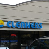 Photo taken at Aloha Cleaners by MisterEastlake on 10/27/2017
