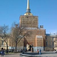 Снимок сделан в Адмиралтейство пользователем Сергей Л. 5/4/2013
