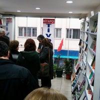 2/23/2014 tarihinde Altuğ S.ziyaretçi tarafından Tivoli Kitabevi'de çekilen fotoğraf