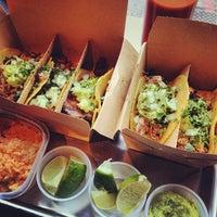 Foto scattata a Otto's Tacos da JamesCruickshank @. il 11/5/2013