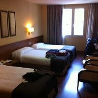 Foto tomada en Hotel Sterling por Pier G. el 2/15/2013