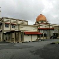 Photo taken at Masjid Kg Sentol Patah by cid on 12/8/2016