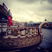 11/15/2013 tarihinde Kadir K.ziyaretçi tarafından Tarihi Eminönü Balık Ekmek'de çekilen fotoğraf