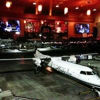 12/18/2012에 Jasmer님이 Alaska Lounge에서 찍은 사진