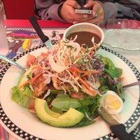 Foto tomada en Park West Diner Cafe por Eleni R. el 1/12/2013