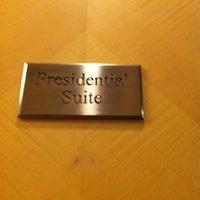 Photo taken at Hotel Indonesia Kempinski Jakarta by Verna P. on 10/13/2012