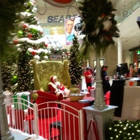 Photo taken at Crystal Mall by Marcelo L. on 12/22/2014