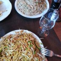 Foto tomada en Panda China Restaurante por Alina el 12/6/2013