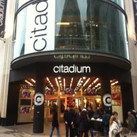Photo taken at Citadium Caumartin by Mike on 11/7/2012