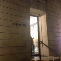 Das Foto wurde bei CHANEL Boutique von Mike am 11/11/2012 aufgenommen