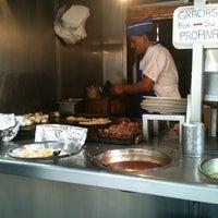 Photo taken at El Rey Del Suadero by Carlos R. on 11/5/2012