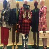 Photo taken at Gucci by ArzByl on 1/26/2017