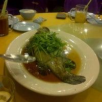 Photo taken at Restoran Masakan Sedap by E F. on 3/17/2013