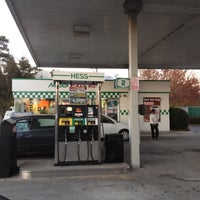 Photo taken at Hess Express by Vint on 11/9/2012