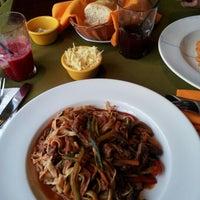 Foto tomada en La Taverna della Piazza por Elizabeth T. el 9/20/2012