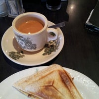 Photo taken at PappaRich by Farah D. on 11/27/2012