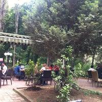 Foto tirada no(a) Koru Cafe & Restaurant por Nuna em 6/17/2013