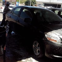 Photo taken at California CAR WASH - Lavadero by WINDSTAR T. on 4/10/2014