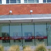 Photo taken at H&M by Nuning  on 8/20/2013