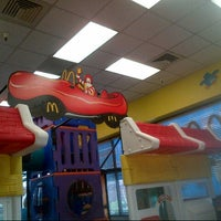 Photo taken at McDonald's by Nuning  i. on 8/14/2013