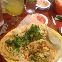Foto scattata a El Mexicano Restaurant da Orlando L. il 4/20/2014