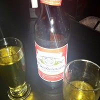 Foto tirada no(a) Buxixo Rock Bar por Fernanda S. em 5/3/2013